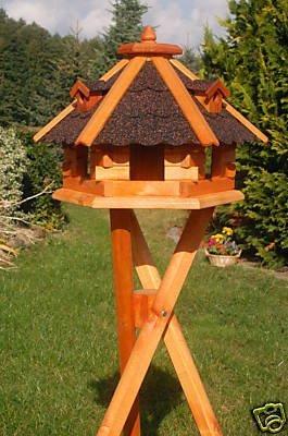Deko-Shop-Hannusch Vogelhäuschen, Vogelhaus mit Bitumschindeln, behandelt mit Ständer, Vogelfutterhaus mit Futtersilo, Silo