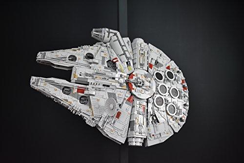 FiguHolder die Halterung für deinen Lego Millennium Falcon Star Wars Set 75192