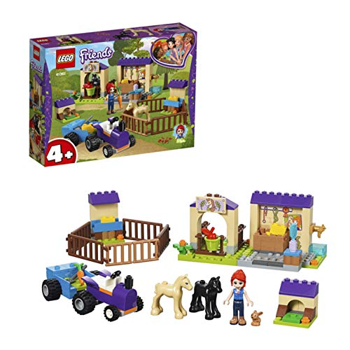Lego 41361 Friends Mias Fohlenstall, Spielset mit Mia als Minipuppe, 2 Fohlenfiguren, Kaninchenfigur und Traktor mit Anhänger, Farmspielzeuge für Kinder